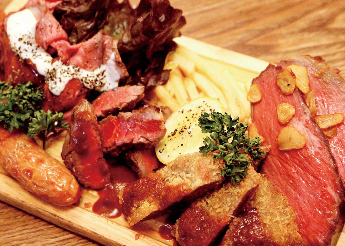 テイクアウト【アラカルト】肉てんこ盛り ¥1,450(税抜)