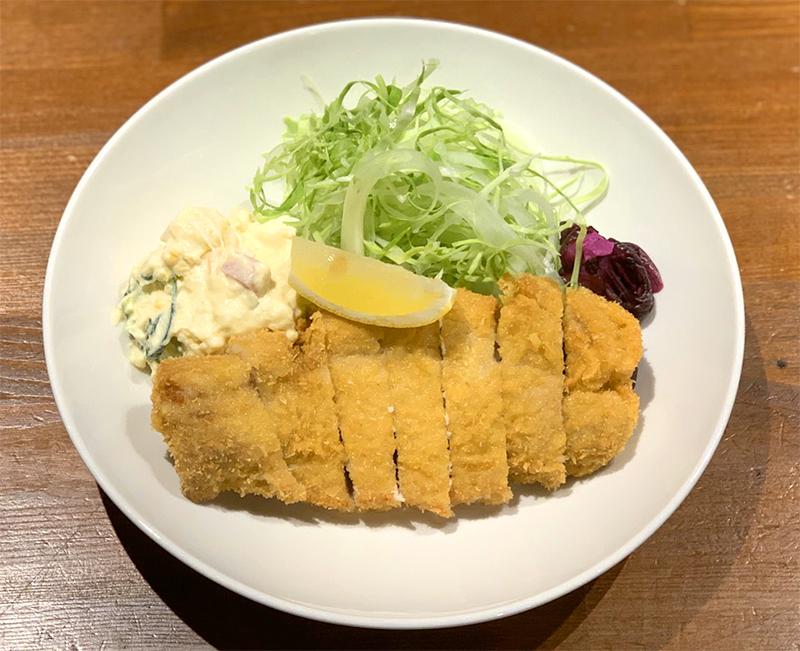 【テイクアウト】豚ロースかつ定食 ¥880(税抜)