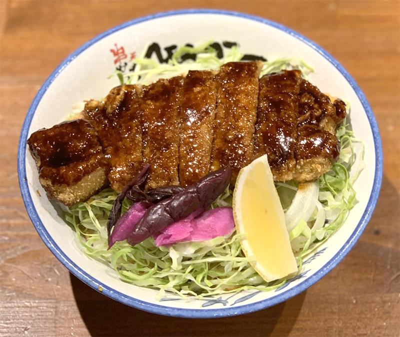 【テイクアウト】豚ロースソースかつ丼 ¥880(税抜)