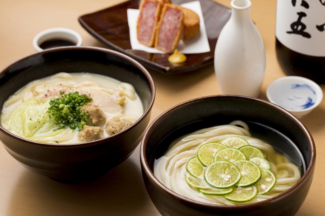 糸島産の小麦にこだわったしなやかなコシ優しい口当たりを併せ持つうどんと、厳選した材料で作った出汁の相性は抜群。
