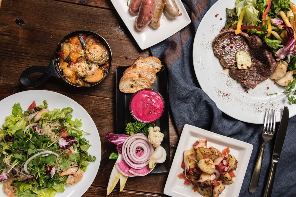イベントカフェによってメニューが変化!期間限定のお料理をお楽しみください!