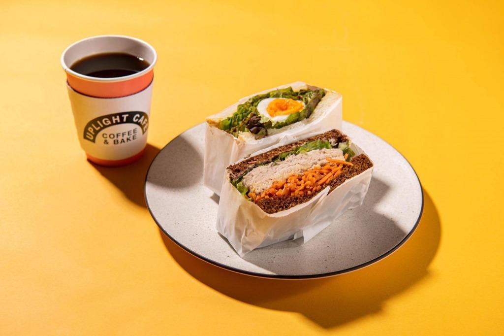サンドイッチセット コーヒーと軽食でホッと一息。