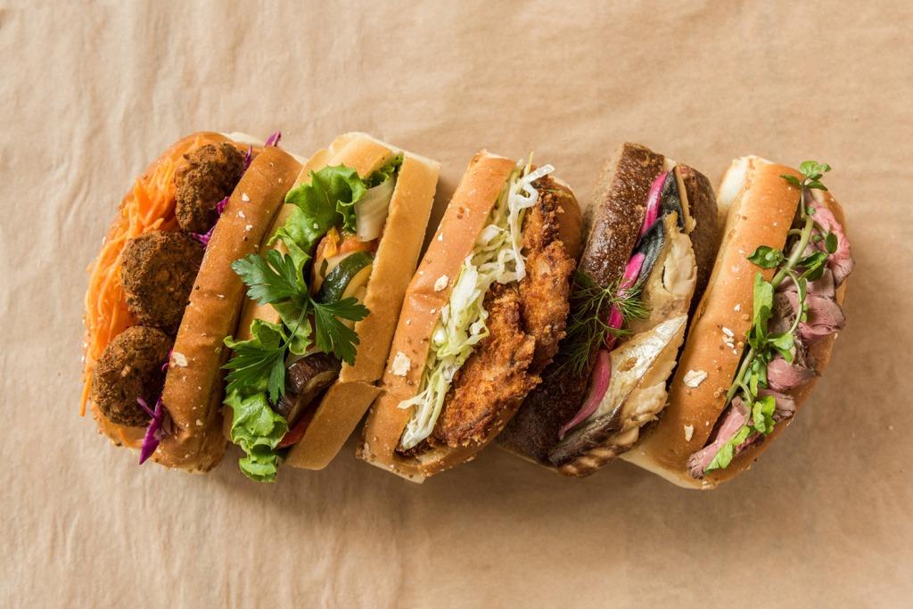 銀座の名店「マルディ・グラ」が監修した、ここでしか味わえないサンドイッチ!