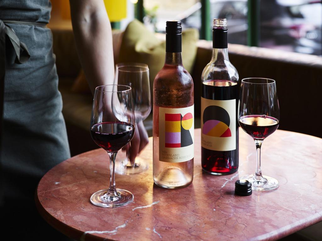 コーヒー、ハーブティー、フルーツソーダ、ワインまでドリンク豊富!